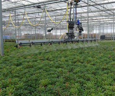 New spraying/watering boom